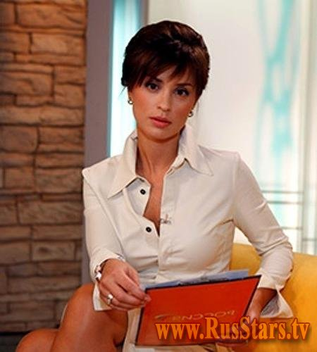 фото российских телеведущих в юбках